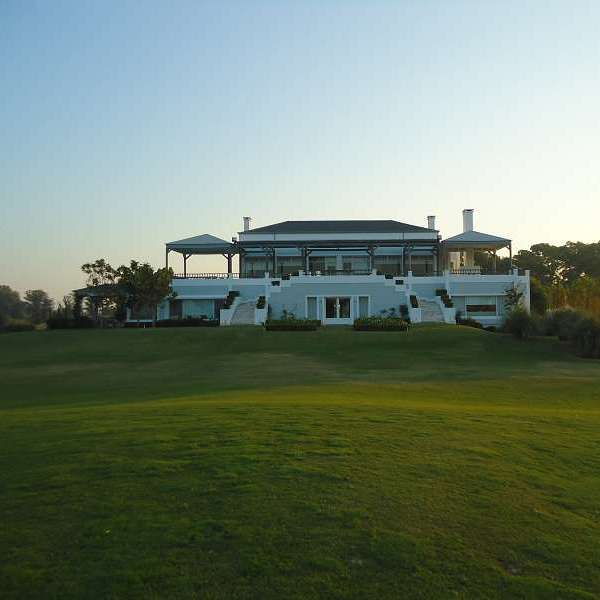 Everlinks Golf & Country Club